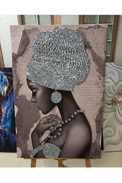 Simli Kanvas Gümüş Sim İşlemeli Şapkalı Siyahi Kadın Kanvas Tablo 50x70 cm Ayk-030