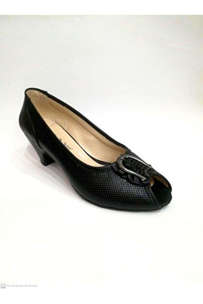 Floor Kadın Siyah Topuklu Ayakkabı