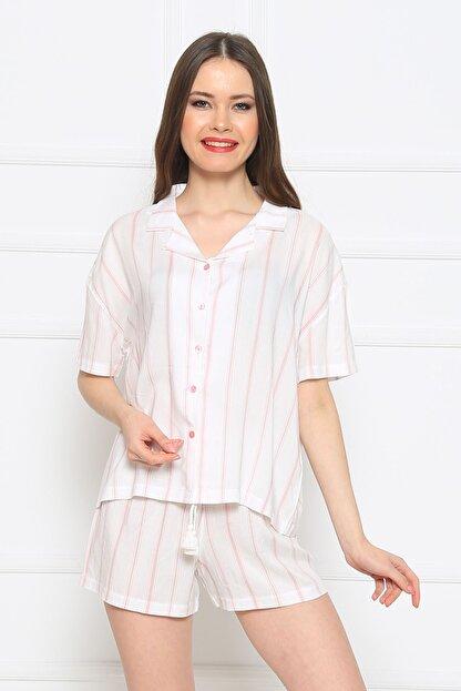 Vienetta Kadın Beyaz Kısa Kol Normal Beden Viskon Şort Pijama Takımı