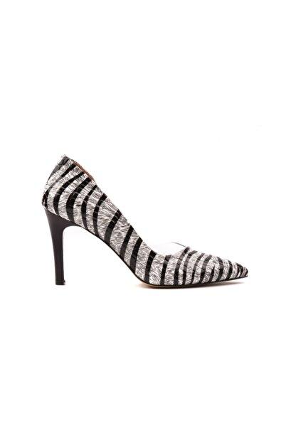 Derinet Klasik Siyah Beyaz Zebra Dekolteli Kadın Stiletto