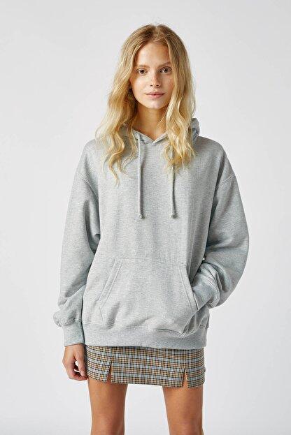 Pull & Bear Kadın Orta Melanj Basic Uzun Kollu Kapüşonlu Sweatshirt 09594301