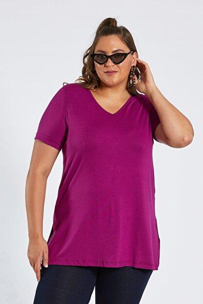 Büyük Moda V Yaka Basıc Tişört