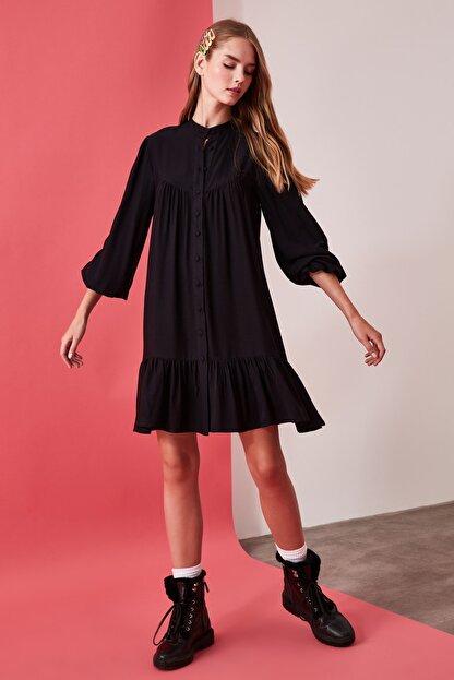 TRENDYOLMİLLA Siyah Geniş Kesim Gömlek Elbise TWOAW21EL0169