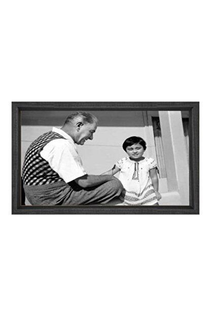 Deniz Çerçeve & Tuval Atatürk Ve Manevi Kızı Ülkü Tablosu Kahverengi Ahşap Çerçeve-100x150