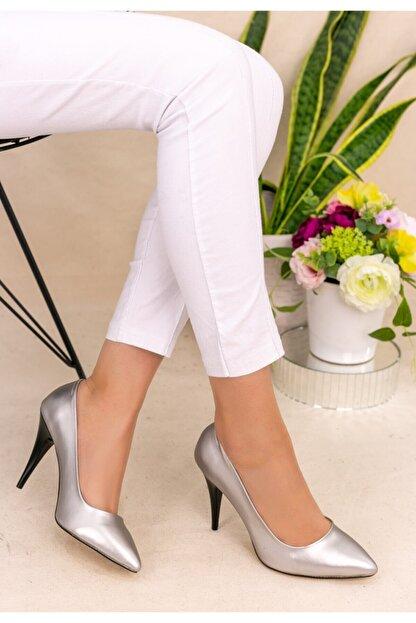 Trendypazar Kadın Gümüş Cilt Stiletto Ayakkabı