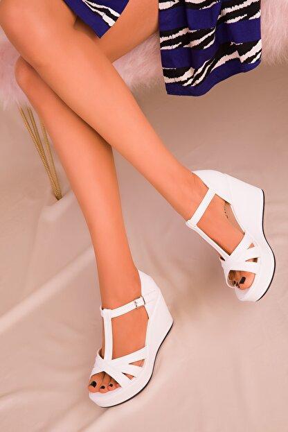 Soho Exclusive Beyaz Kadın Dolgu Topuklu Ayakkabı 16176