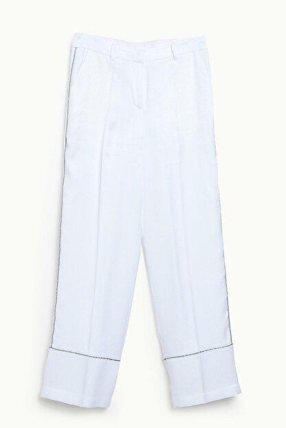 Yargıcı Kadın Beyaz Biye Detaylı Pantolon 9KKPN3127X