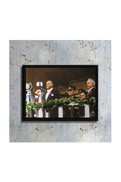 mağazacım Atatürk Tören Izlerken 50 Cm X 70 Cm Kanvas Tablo Tbl1202