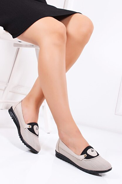 Deripabuc Hakiki Deri Bej Kadın Deri Casual Ayakkabı Dp19-0477