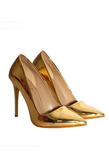 TRENDBU AYAKKABI Gold Kadın Klasik Topuklu Ayakkabı KLAS6666