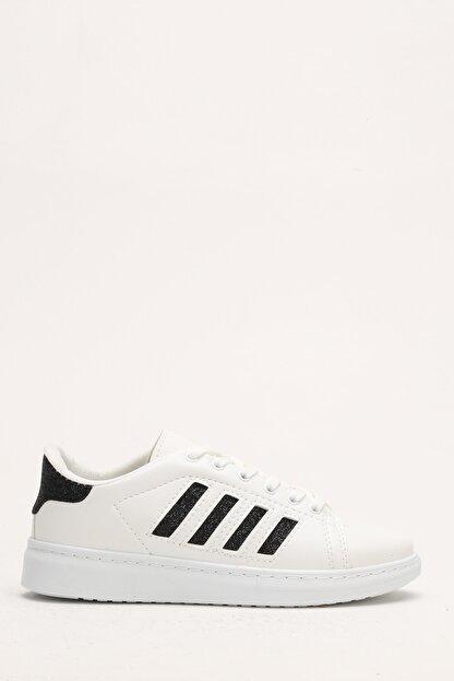 Ayakkabı Modası Beyaz-Siyah Kadın Sneaker M4000-19-101001R