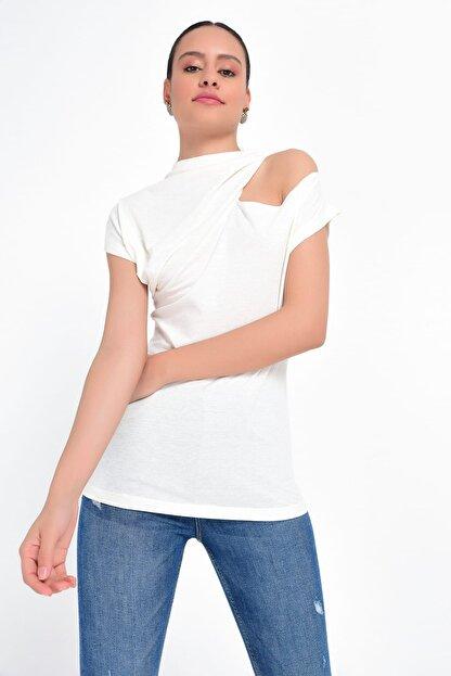 Hanna's Kadın Beyaz Omuzu Açık Kısa Kollu Bluz HN1822