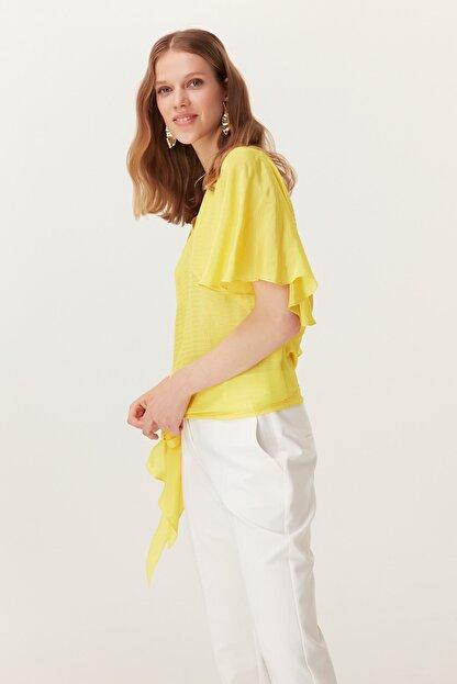 İpekyol Kadın Sarı  Kolları Volanlı Kuşaklı Bluz IS1190006401009