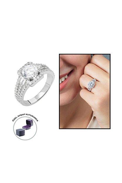Tesbihane Starlight Diamond Pırlanta Montür Efektli 925 Ayar Gümüş Bayan Baget Yüzük 102001799