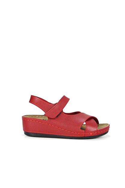 Akgün Kundura Kadın Cırtlı Çapraz Bantlı Sandalet No - Cilt - Kırmızı - 40