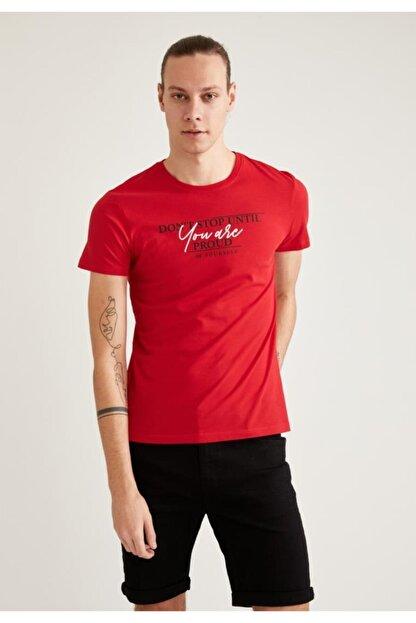 Defacto Erkek Kırmızı Baskılı Slim Fit Bisiklet Yaka Pamuklu  T-Shirt