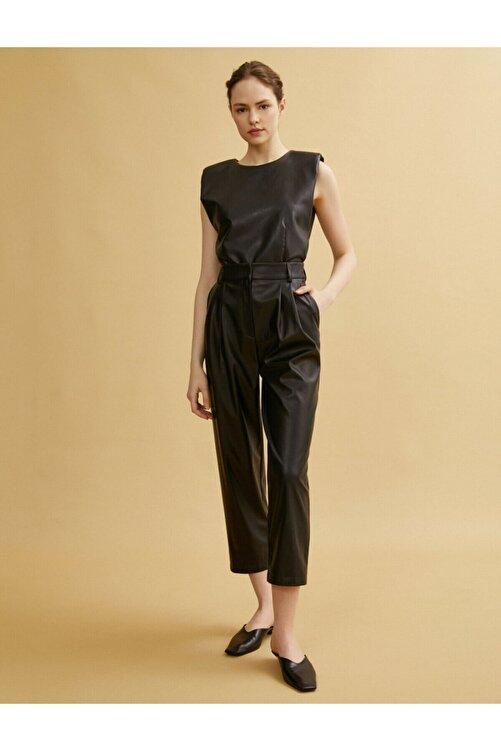 Koton Kadın Siyah Deri Görünümlü Pantolon 2