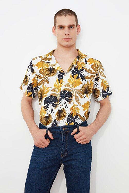 TRENDYOL MAN Hardal Erkek Regular Fit Apaş Yaka Kısa Kol Tropik Gömlek TMNSS21GO0958 1