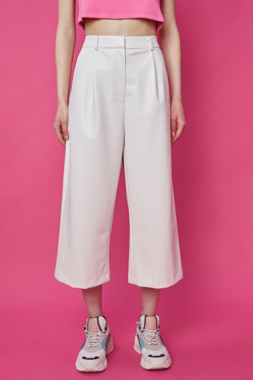 Koton Kadın Ekru Deri Bol Paça Pantolon 1