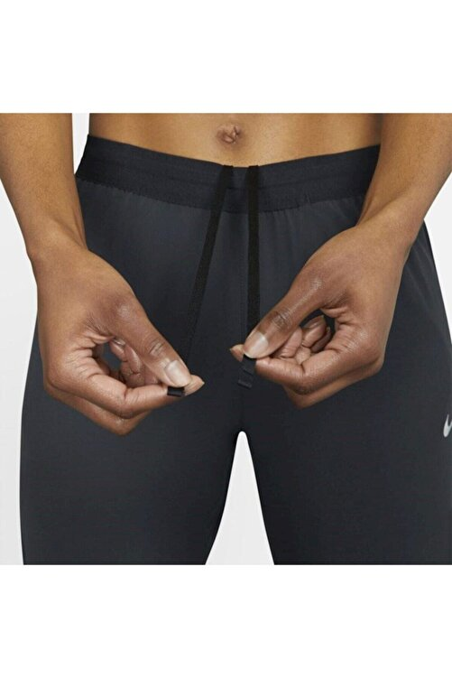 Nike Kadın Siyah Essential Running Eşofman Altı 7/8 2