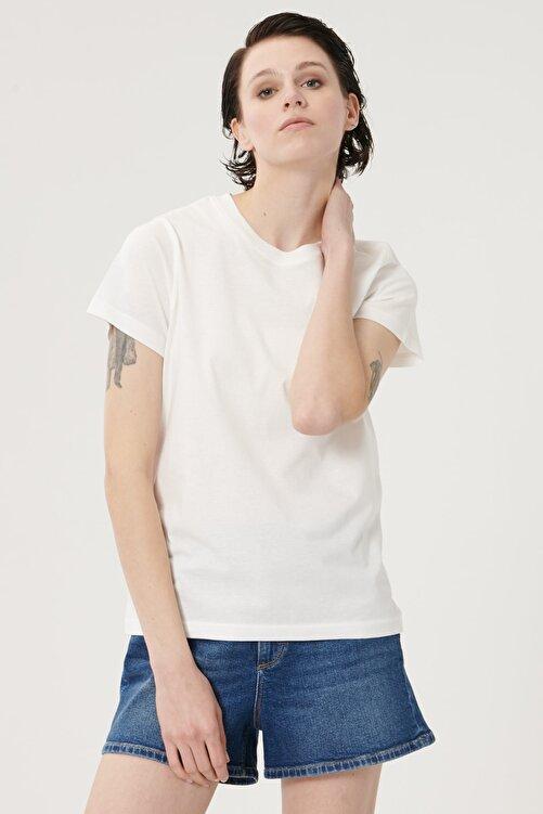 Lee Kadın Kırık Beyaz Kısa Kollu %100 Pamuk Logolu Sıfır Yaka Tişört 1