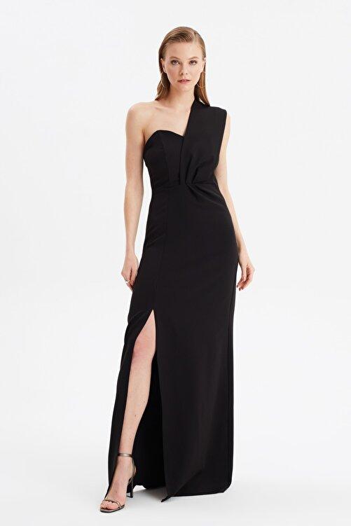 TRENDYOLMİLLA Siyah Yaka Detaylı Abiye & Mezuniyet Elbisesi TPRSS21AE0185 1