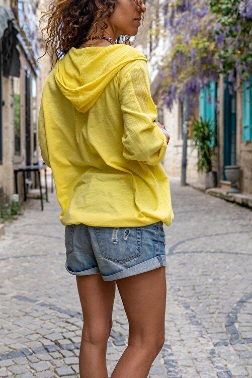 Güneşkızı Kadın Sarı Yıkamalı Keten Fileli Yıldız Pullu Kapüşonlu Bluz GK-RSD2046 2