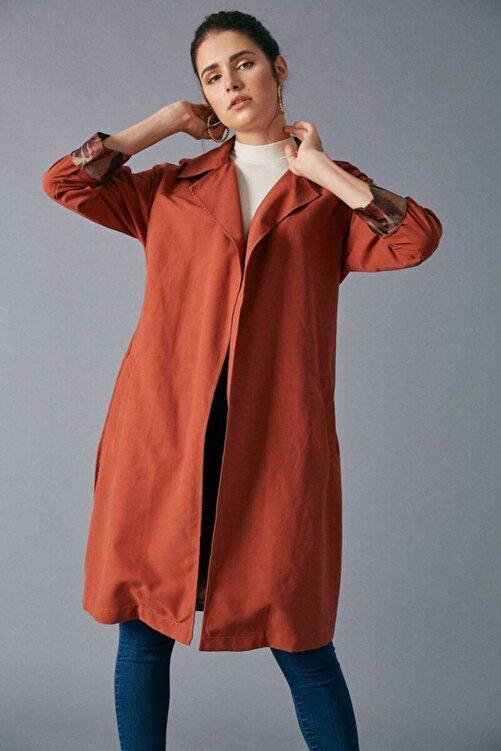 Giyim Dünyası Kadın Kiremit Kemer Detaylı Trençkot 2