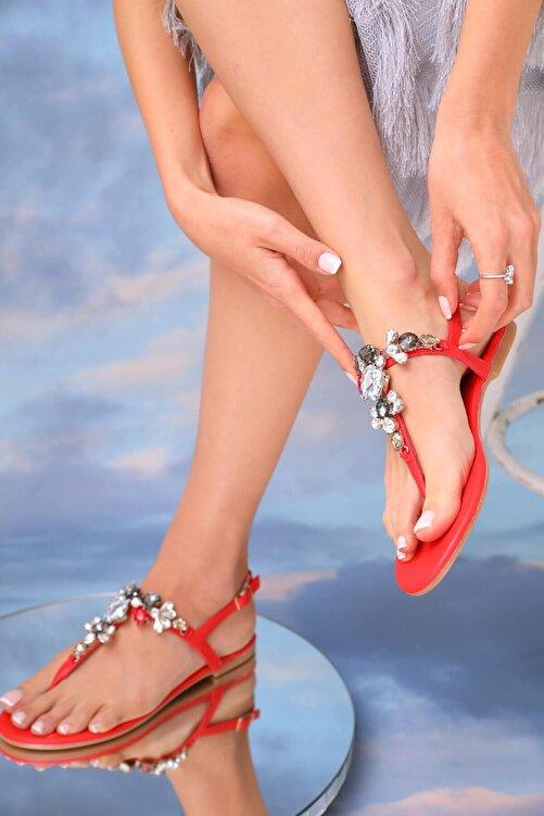 Oblavion Kadın Kırmızı Çok Renkli Günlük Taşlı Sandalet 1