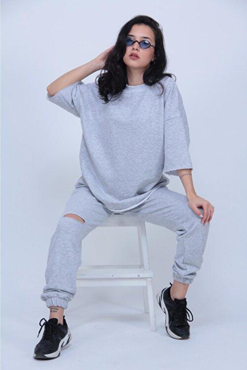 ronay giyim Kadın Gri Oversize Dizi Yırtık Eşofman Takımı 1