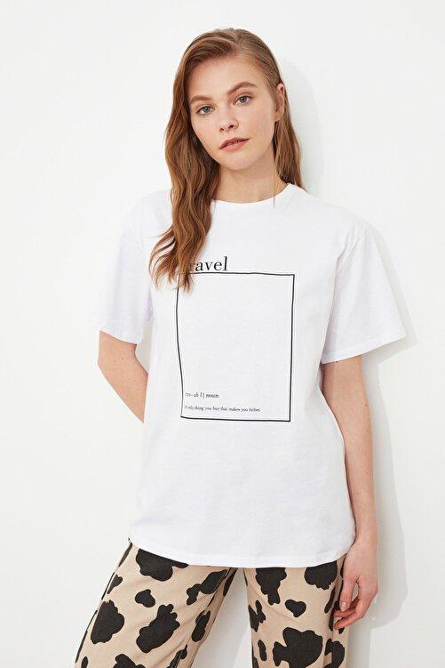TRENDYOLMİLLA Beyaz Baskılı Boyfriend Örme T-Shirt TWOSS20TS0755 1