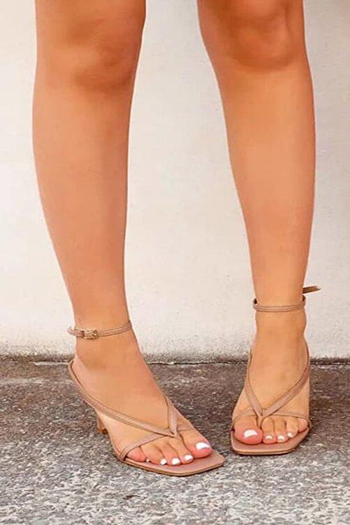 TrendyAnka Kadın Nude Ten 10cm Topuklu Parmak Arası Tokalı Ayakkabı Sandalet Terlik 2