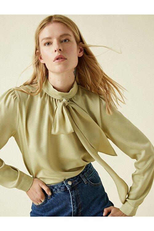 Koton Kadın Yeşil Fular Yaka Uzun Kollu Bluz 2