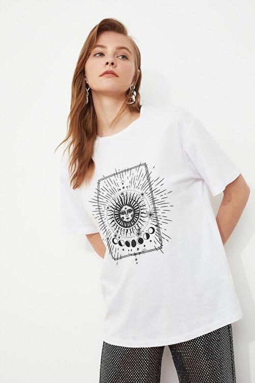 TRENDYOLMİLLA Beyaz Baskılı Boyfriend Örme T-Shirt TWOSS20TS0247 1