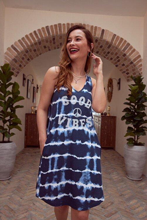 MYSUMMERBLUE Kadın Lacivert Batik Desenli Payetli Kolsuz Elbise 2