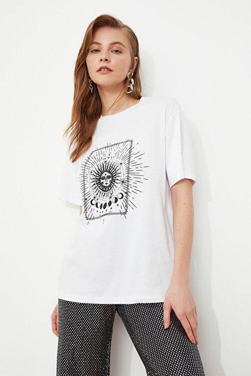 TRENDYOLMİLLA Beyaz Baskılı Boyfriend Örme T-Shirt TWOSS20TS0247 2