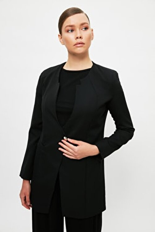 Trendyol Modest Siyah Ceket Yaka Tesettür Ceket TCTSS21CE0424 1