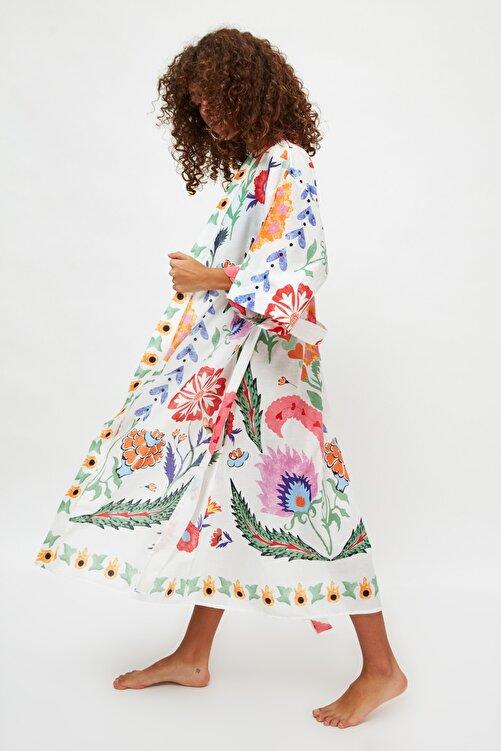 TRENDYOLMİLLA Ekru Çiçek Baskılı Vual Kimono&Kaftan TBESS21KM0086 1