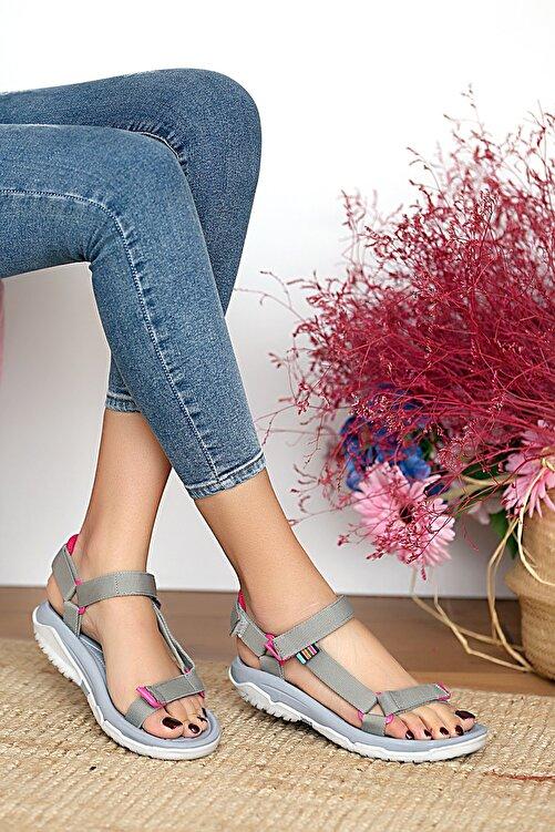 Pembe Potin Kadın Gri Sandalet 1