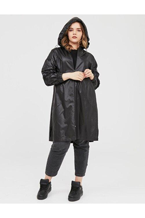Kayra Kapüşonlu Giy-çık Siyah B21 25024 2