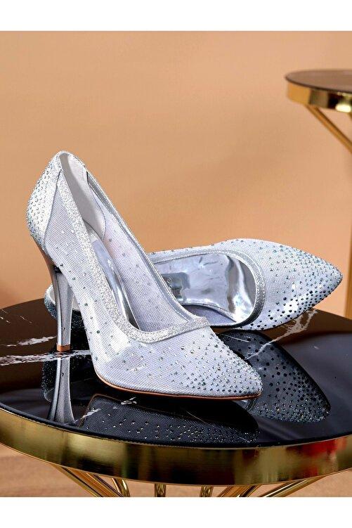 Konfores Kadın Stiletto Ince Topuk Ayakkabı 1