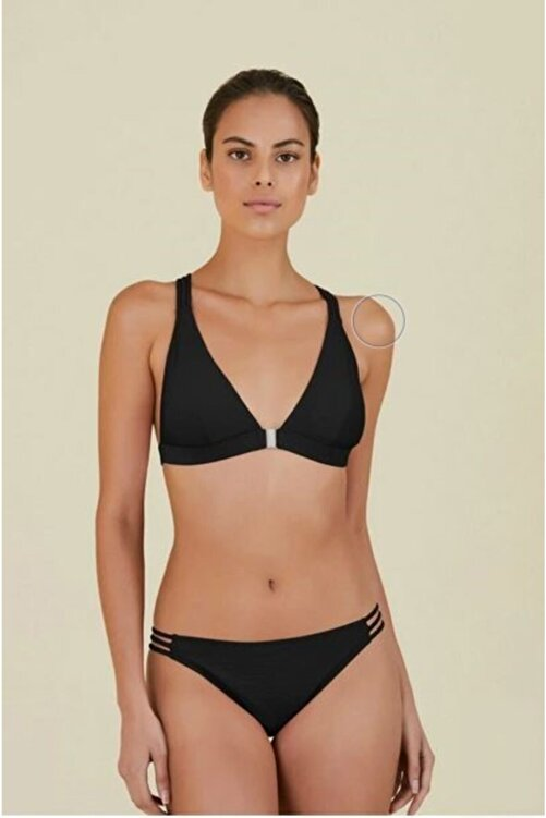 Kom Kadın Siyah Sırt Detaylı Dokulu Üçgen Bikini 1