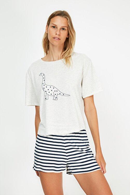 TRENDYOLMİLLA Çok Renkli Baskılı Örme Pijama Takımı THMSS21PT1472 1