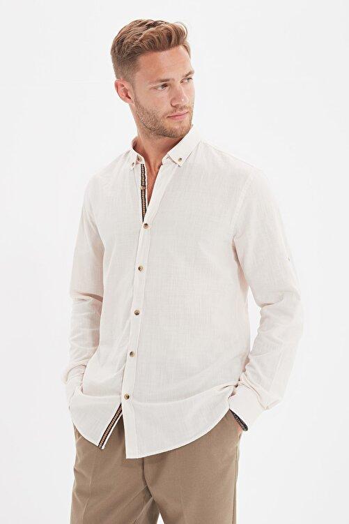 TRENDYOL MAN Taş Erkek Düğmeli Yaka Apoletli Slim Fit Gömlek TMNSS20GO0189 1
