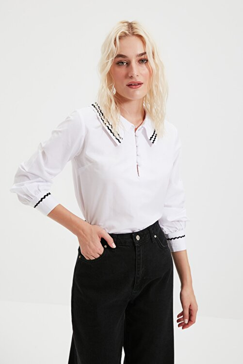 TRENDYOLMİLLA Beyaz Yaka Detaylı Bluz TWOSS20BZ0036 1
