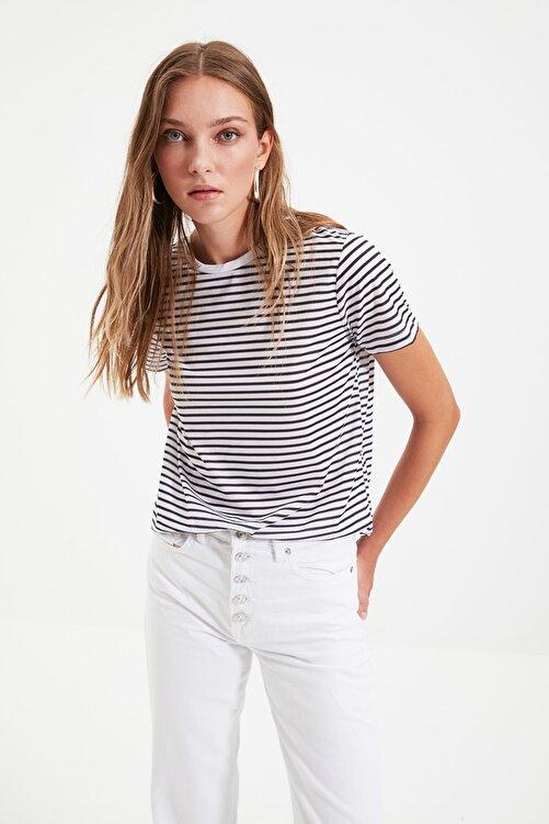 TRENDYOLMİLLA Siyah Çizgili Basic Örme T-Shirt TWOSS21TS0904 2