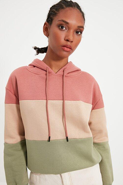 TRENDYOLMİLLA Pembe Renk Bloklu Kapüşonlu Basic Örme İnce Sweatshirt TWOAW20SW0792 1