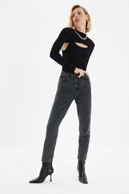 TRENDYOLMİLLA Antrasit Asit Yıkamalı Yüksek Bel Mom Jeans TWOSS20JE0164 1
