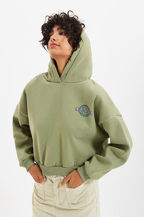 TRENDYOLMİLLA Mint Sırt Baskı Detaylı Kapüşonlu Örme Şardonlu Sweatshirt TWOAW22SW0711 2