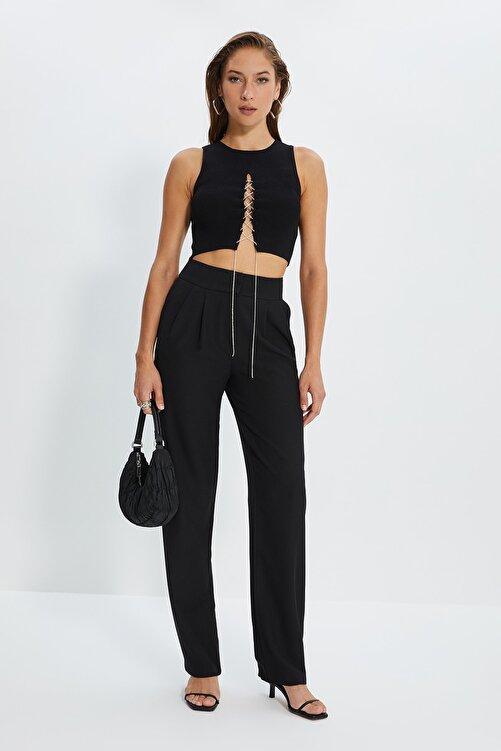 TRENDYOLMİLLA Siyah Dökümlü Pileli Geniş Paça Pantolon TWOSS19WX0017 1